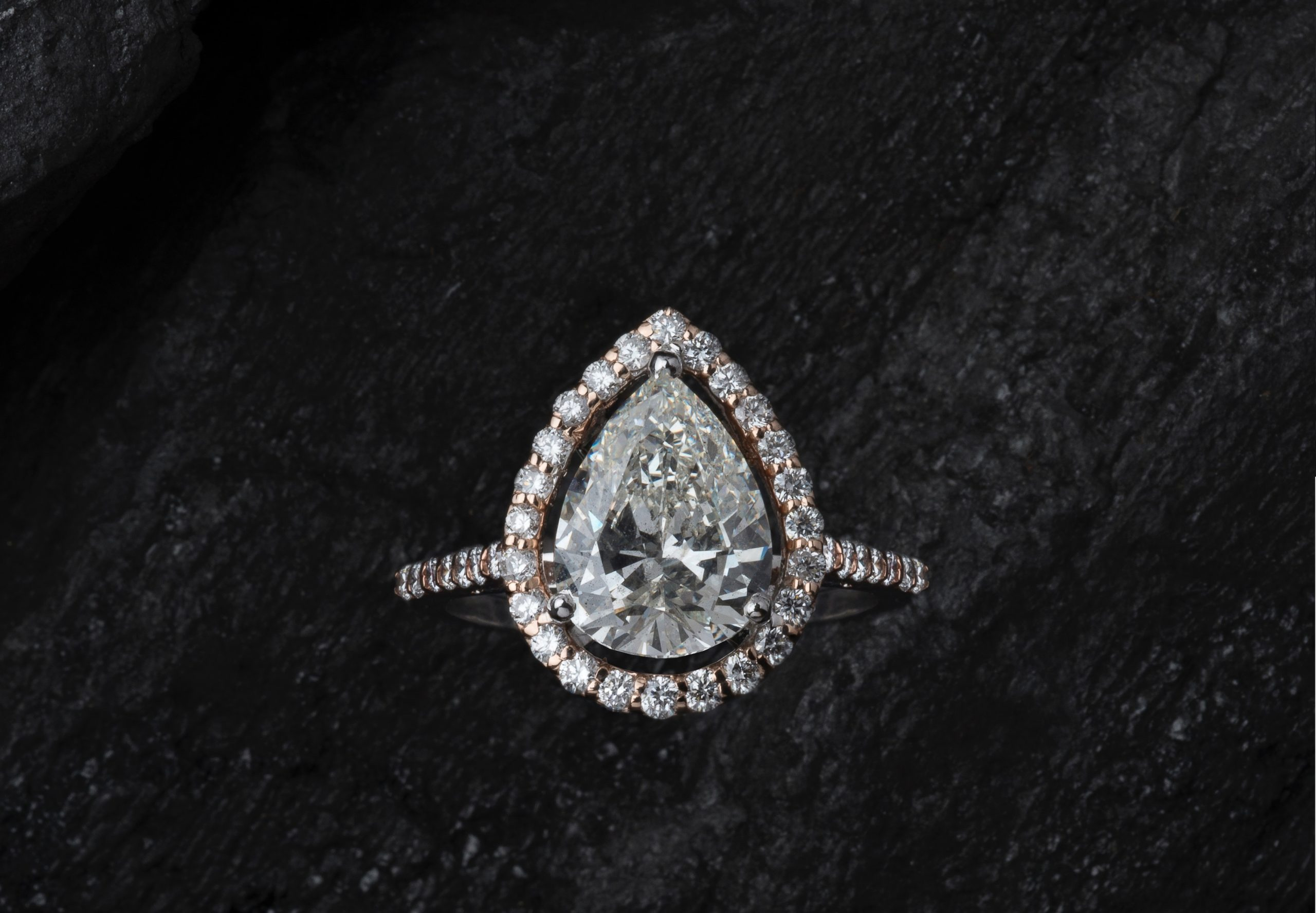 What is a Cocktail Ring
